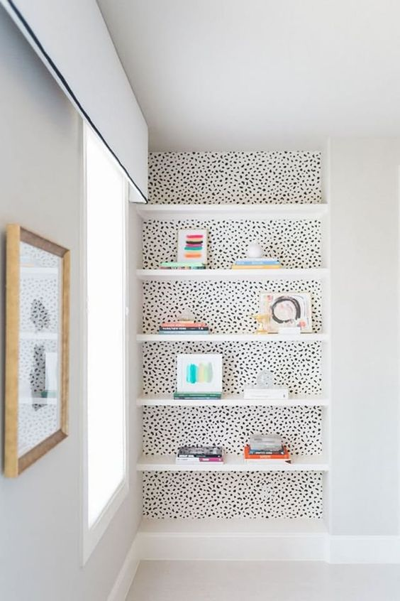 dotted wall paper corner