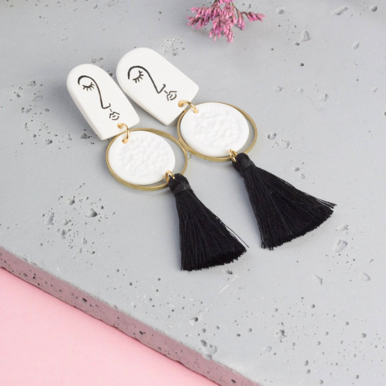 Malaforma earrings 01